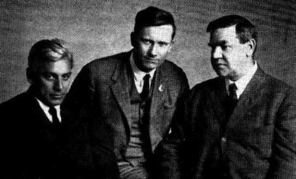 James Cannon (centre) pictured in 1922. (Yvette Eastman)