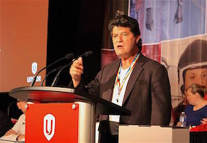 Jerry Dias speaks