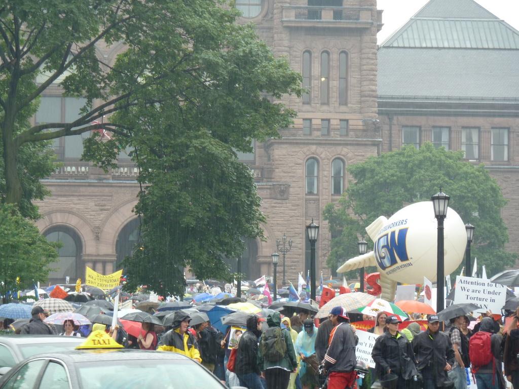 g20protest-3.jpg