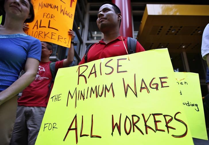 raies minimum wage ontario 2017