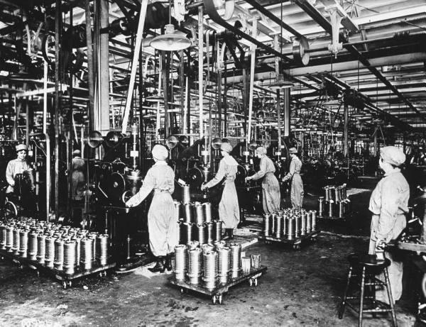 WW1 Women Aircraft Factory